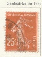 PIA - FRA - 1926-27 : Francobollo Precedente Tipo Seminatrice Su Fondo Pieno   - (Yv 235) - 1900-29 Blanc