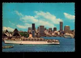 AUSTRALIE SYDNEY HARBOUR AND CITY SLYLINE - Sydney