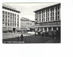 816 - TREVISO PIAZZA FIUMICELLI ANIMATA 1967 - Treviso