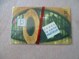 TELECARTE  NEUVE SOUS BLISTER  JOUEZ LA CARTE PASTEUR   05/96  2500 EX - France