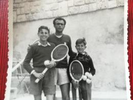7 PHOTOS DE MONTE--CARLO DONT FINALE CHAMPIONNAT TENNIS JOUEUR BELARDINELLI ( ITALIA ) RAMASSEURS DE BALLE  ASBOTH ... - Monte-Carlo