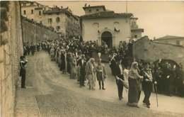 130919D - FAMILLE ROYALE DE BULGARIE - 1930 Assise Cortège Mariage Des Souverains Bulgares Ferdinand Regina Elena - Personnes Identifiées