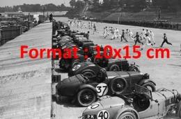 Reproduction D'une Photographie Ancienne D'un Départ De Course à Brooklands En 1929 - Riproduzioni