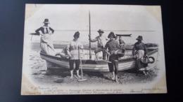 Arcachon - Parqueuses D'huîtres Et Marchandes De Poissons / Carte Précurseur Voyagée En 1903 / Edition ND Phot N°56 - Arcachon