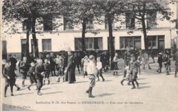 DUNKERQUE - Institution Notre Dame Des Dunes - Cour De Récréation - Dunkerque