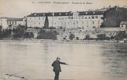 26 VALENCE  HOPITAL GENERAL  FACADE SUR RHÖNE  76 PECHEUR A LA LIGNE  ( Voir Scan ) - Valence