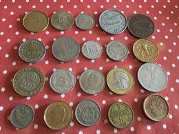 Lots De 20 Pièces Voir Le Scan - Monnaies & Billets