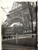 Snapshot Photo Vintage Paris Tour Eiffel Animée Janvier 1937 Bâtiment - Lieux