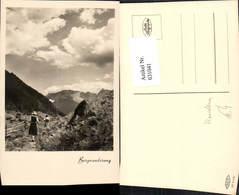 631041,Foto Ak Bergwanderung Wandern Frauen I. Tracht Bergsteigen - Alpinismus, Bergsteigen