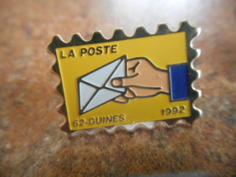 A040 -- Pin's Poste 62 Guines - Postes