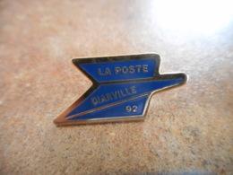 A040 -- Pin's Poste Diarville 92 - Postes