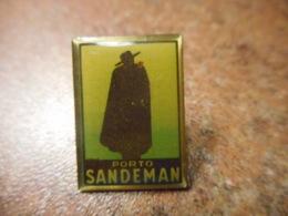 A041 -- Pin's Alcool Porto Sandeman - Boissons