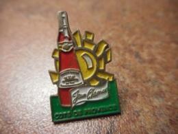 A041 -- Pin's Alcool Jean Chenu Cotes De Provence - Boissons