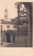 Svizzera Giardino Di Una Chiesa O Convento Sacedote Campanile - Cartoline