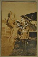 Militaria Carte Photo Aviateurs Militaires Et Avion Beau Plan Correspondance Soldat Francais A Soldat Italien - Guerre 1914-18