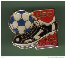 FOOT *** USC *** 1047 - Football