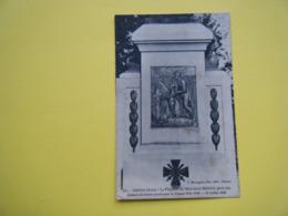 GISORS. La Plaquette Du Monument à La Gloire Des Enfants De Gisors Morts Pour La France. - Gisors