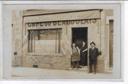 Carte-Photo - Café Du BEAUJOLAIS - Ecrit Au Verso : Lyon 2 - 22 Rue D'Enghien - Animée (T69) - Fotografía