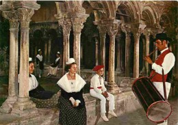 Folklore - Costumes - L'Escolo De Lar - Aix En Provence - Centre De Culture Et De Maintnance Provençales - Cloitre Saint - Costumi