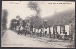 CPA 80 -  VALINES,  Ancien Relais De Poste Rue D'Abbeville - Francia