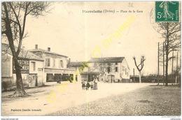 26. PIERRELATTE . Place De La Gare . - Francia