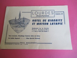 Hôtellerie/ Hotel De Biarritz Et Maison Latapie/Bd De La Grotte/ LOURDES /Htes Pyrénées/France-Pub/Vers1950       BUV447 - Buvards, Protège-cahiers Illustrés