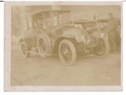 PHOTOGRAPHIE ORIGINALE RENAULT Type CB ( 1911 - 19+12 ) Coupé - Chauffeur Avec Des Militaires ( Pas Courant ) VOIR SCANS - Motos