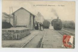 ANDOUILLÉ - La Gare (animation Avec Train ) - Autres Communes