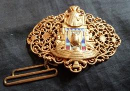 Très Jolie Boucle De Ceinture Ancienne - Broekriemen En Gespen