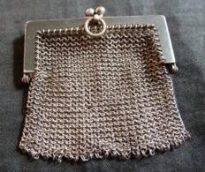 Petite Pochette En Côte De Maille Ancienne   (métal Argenté) - Purses & Bags