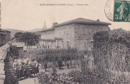 SAINT ROMAIN D URFE         ECOLE LIBRE . ELEVES DANS LE JARDIN - Other Municipalities