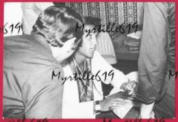 Elvis Presley - Reproduction - Tirage Argentique - 17.5 X 12 Cm - Célébrités