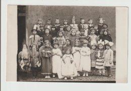 CP PHOTO / GROUPE D'ENFANTS DEGUISES / ENDROIT A DEFINIR - Groupes D'enfants & Familles
