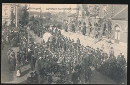 ZOTTEGEM = HISTORICHE STOET -  VRIJWILLIGERS VAN 1830 MET VAANDEL - Zottegem