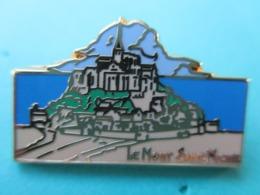 Pins Arthus Bertrand , Le Mont Saint Michel - Arthus Bertrand
