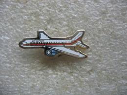 Pin's Avion De La Compagnie Aérienne Air Europa - Avions
