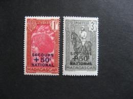 A). MADAGASCAR:  TB  Paire N° 232 Et N° 233, Neufs XX. - Madagascar (1889-1960)