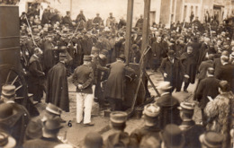CARTE-PHOTO De VALENCE - Exécution Par Guillotine Des Chauffeurs De La DRÔME En 1909. - Valence