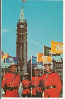 L120B674 - Ottawa - Membres Du RCMP Sur La Colline Du Parlement - Ottawa