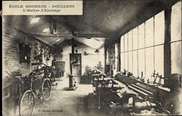 Cp Doullens Somme, École Moderne, L'Atelier D'Ajustage, Mechaniker Werkstatt - Francia
