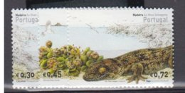 PORTUGAL         2004          N°    237 / 239      COTE          5 € 00           ( W 199 ) - Madère