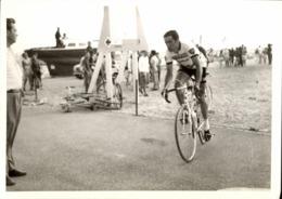 Snapshot Cyclisme Tour De France étape De La Grande-Motte Vélo Maillot Peugeot - Cyclisme