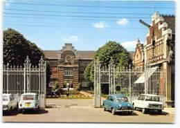 Armentieres Ecole Professionnelle  Edit De L'Europe.  Ecrite 1975 Voiture Renault Dauphine. 4L Citroen Ami 6 - Armentieres