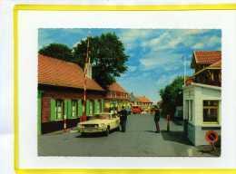 Westouter Zwarteberg.   Westoutre Mont Noir. Poste Frontiere. Ford Mustang .  Douane Douaniers.    Proche Bailleul - Belgique