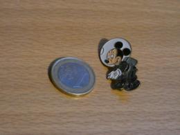 DISNEY. MICKEY . - Disney