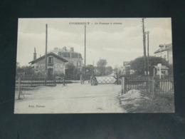 PONTAULT COMBAULT   1910 /   VUE  PASSAGE A NIVEAU  ....  EDITEUR - Pontault Combault
