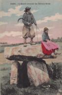 DOLMEN Et MENHIR -  L Archi Druide Du Menez Hom ( Plomodiern ) - Dolmen & Menhirs