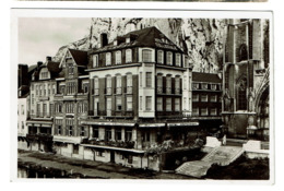 Carte Photo - Dinant - Hôtel De La Collégiale - Propr. Lion - Delcourt -  2 Scans - Dinant