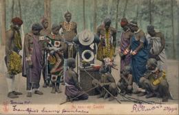 1904 SUDAFRICA , TARJETA POSTAL  CIRCULADA - CAPE TOWN , AN OPEN AIR CONCERT , GRAMÓFONO , GRAMOPHONE - Música Y Músicos