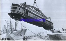 119754 ARGENTINA  PORT TREN TRAIN Desembarque De Coche Motor Fiat Procedente De Italia.PHOTO NO POSTAL POSTCARD - Treni